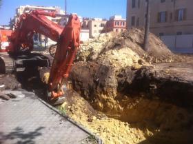 scavo1 piazzale berlinguer